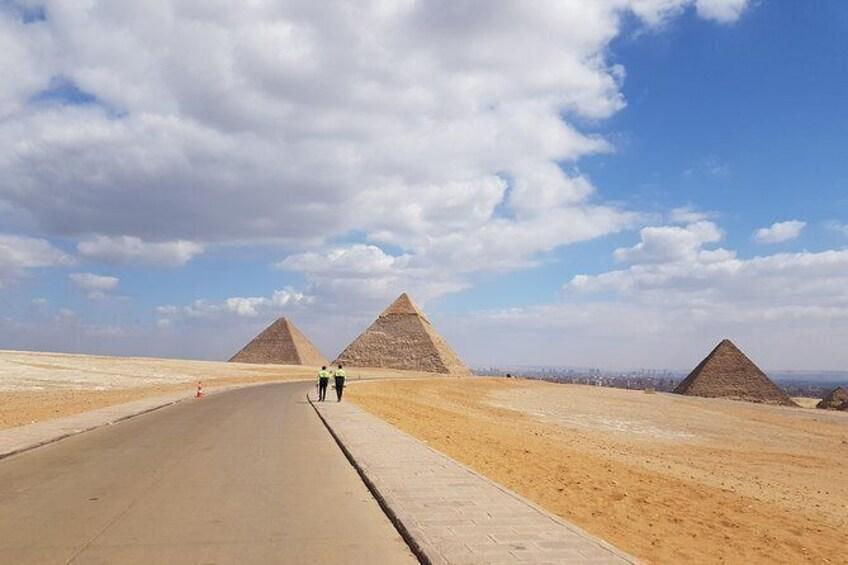 Show item 3 of 5. Explore Giza plateau
