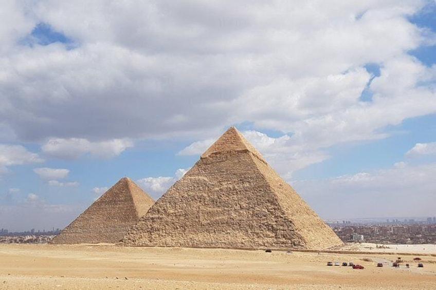Show item 5 of 5. Explore Giza plateau