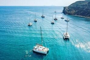 SemiPrivate Standard|Santorini Catamaran Cruise with Greek buffet and drink...