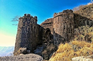 Khadakwasla Dam, Sinhagad Fort and Panshet Dam Tour by Car
