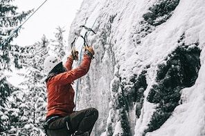 Ice climbing in Sälen