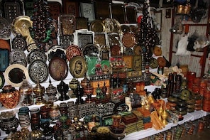 Guided Local Shopping Tour at Shimla