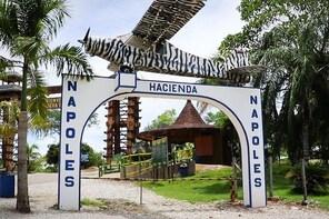 Rio Claro & Pablo Escobar ́s Hacienda Napoles 2 day Tour