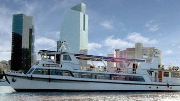 Crucero con comida por el Río de la Plata