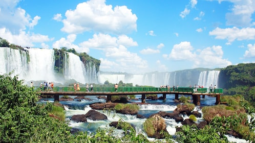 Crossing bridges near the waterfall in Iguazu