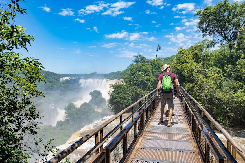 Cargar foto 1 de 10. Full-Day Tour of Iguazu Falls & Itaipu Dam