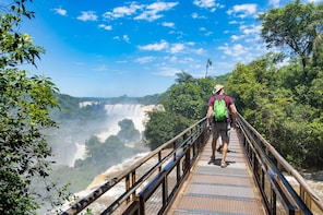 Tour de día completo en las Cataratas del Iguazú y la represa de Itaipú