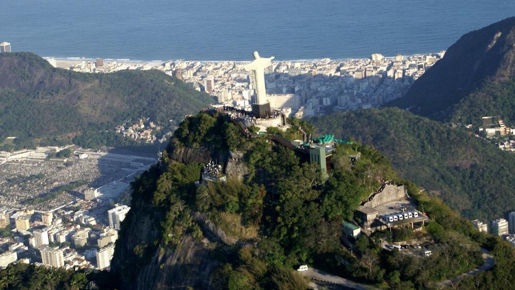 Carregar foto 4 de 10. Corcovado & Christ the Redeemer Statue