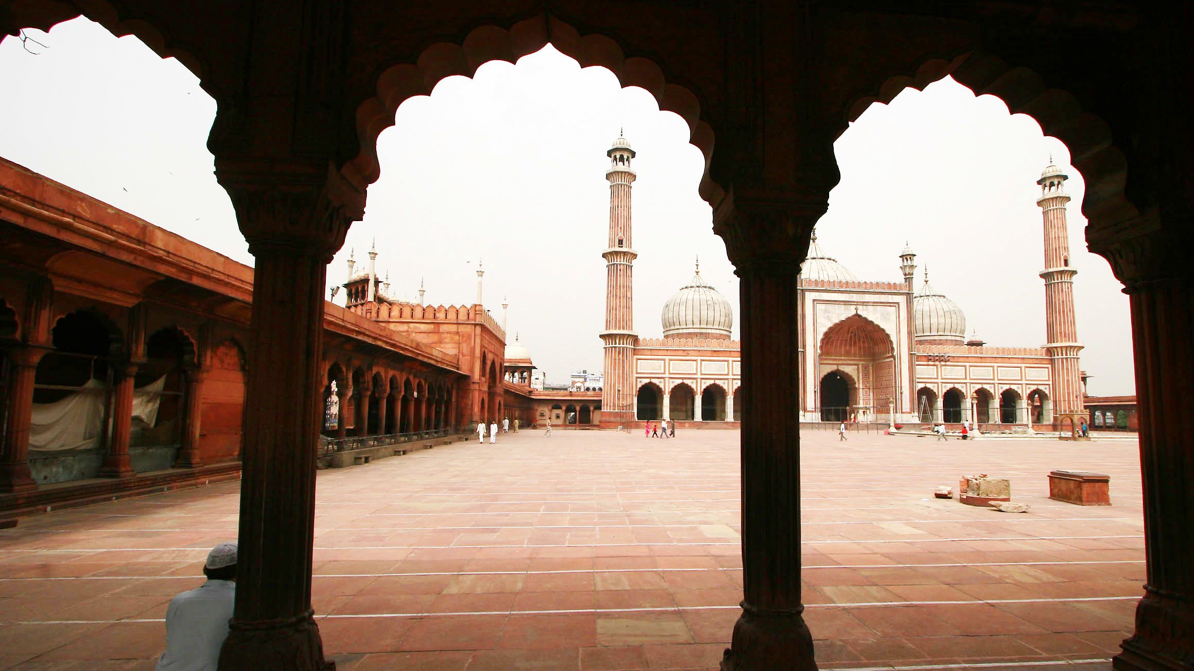 Private Delhi City Center Walking Tour with lunch