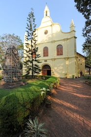 St. Francis church is the oldest built on India and is located at Fort Cochin_shutterstock_256538503.jpg