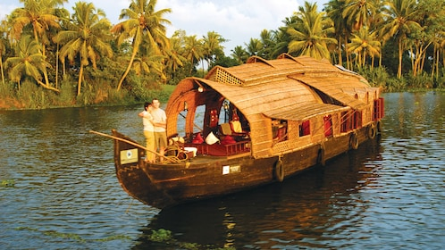 Private Houseboat Cruise along the Alleppey Backwaters in Kochi