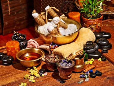 Private Ayurvedic Massage Experience