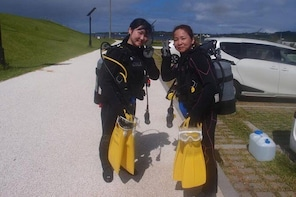 【Okinawa Motobu area】 Trial Beach Diving for non-Certified Diver ( 1 Dive) ...