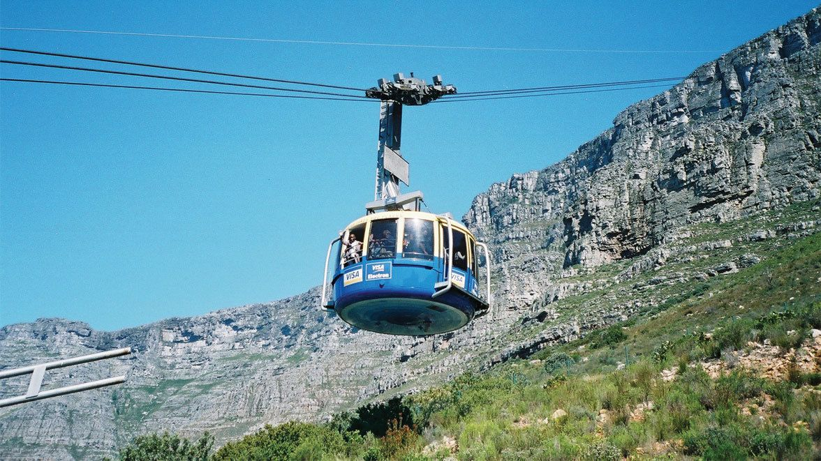 Taking a ride in the gondola lift in Cape Town