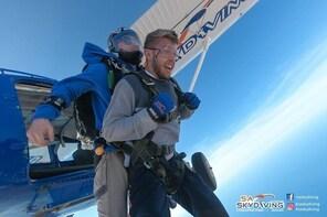 Tandem Skydive Adelaide - Lake Alexandrina (Langhorne Creek)