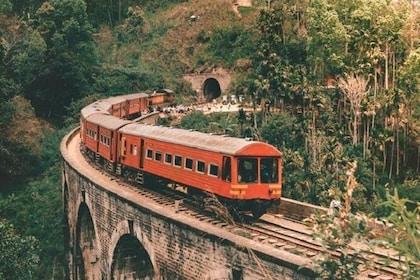Train tickets from Colombo to Ella / Badulla