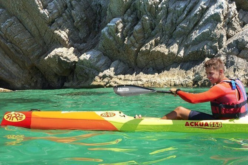 Show item 5 of 7. Sesimbra Discovery by Kayak