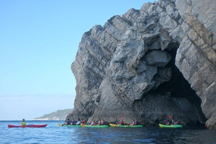 Show item 3 of 7. Sesimbra Discovery by Kayak