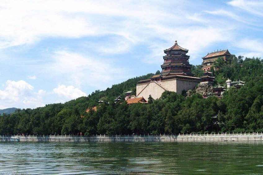 Show item 2 of 7. Private Beijing Layover Tour: Mutianyu Great Wall, Summer Palace