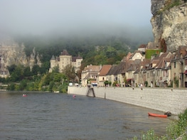Bordeaux to Dordogne Fortified Castles & Mediaeval Villages
