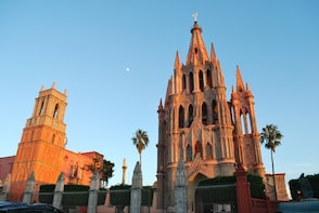 From Mexico city Historic and Colonial San Miguel de Allende