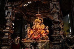 Pune: Walk of divinity (2 hours guided walk)