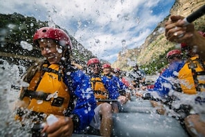 Glenwood Canyon Half-Day Raft Trip