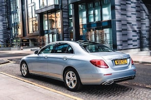 Dundee to Edinburgh Private Premium Transfer With Chauffeur