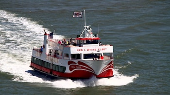 Golden Gate Bay Cruise: sail around Alcatraz!