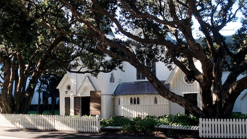 white house in trees