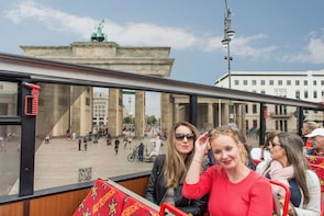 Hop-on-Hop-off-Bustour durch Berlin