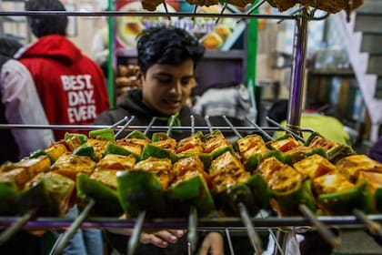 Urban-Adventures_Delhi-Food-Walk_Image36_preview.jpeg