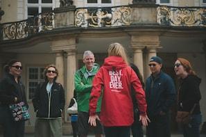 Prahan pienryhmäkierros, veneristeily ja lounas paikalliseen tapaan