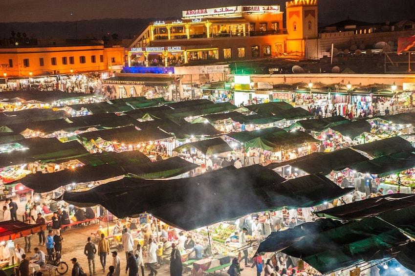 Charger l'élément 3 sur 10. Marrakech: Small-Group Inside the Medina Tour
