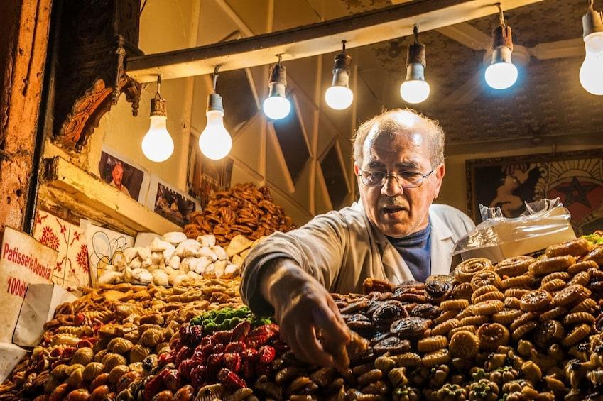 Charger l'élément 2 sur 10. Marrakech: Small-Group Inside the Medina Tour