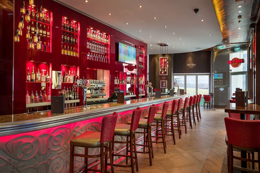 Hard Rock Cafe Dining with Priority Seating