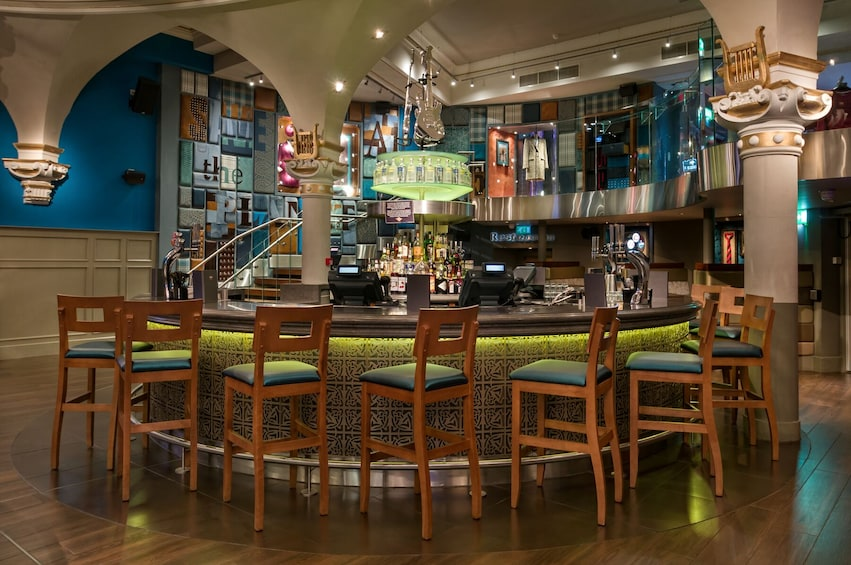 Show item 4 of 10. Hard Rock Cafe Glasgow Dining with Priority Seating