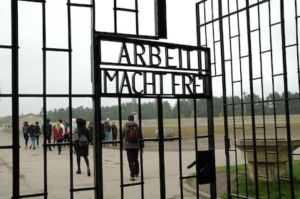 Sachsenhausen Memorial Tour from Berlin