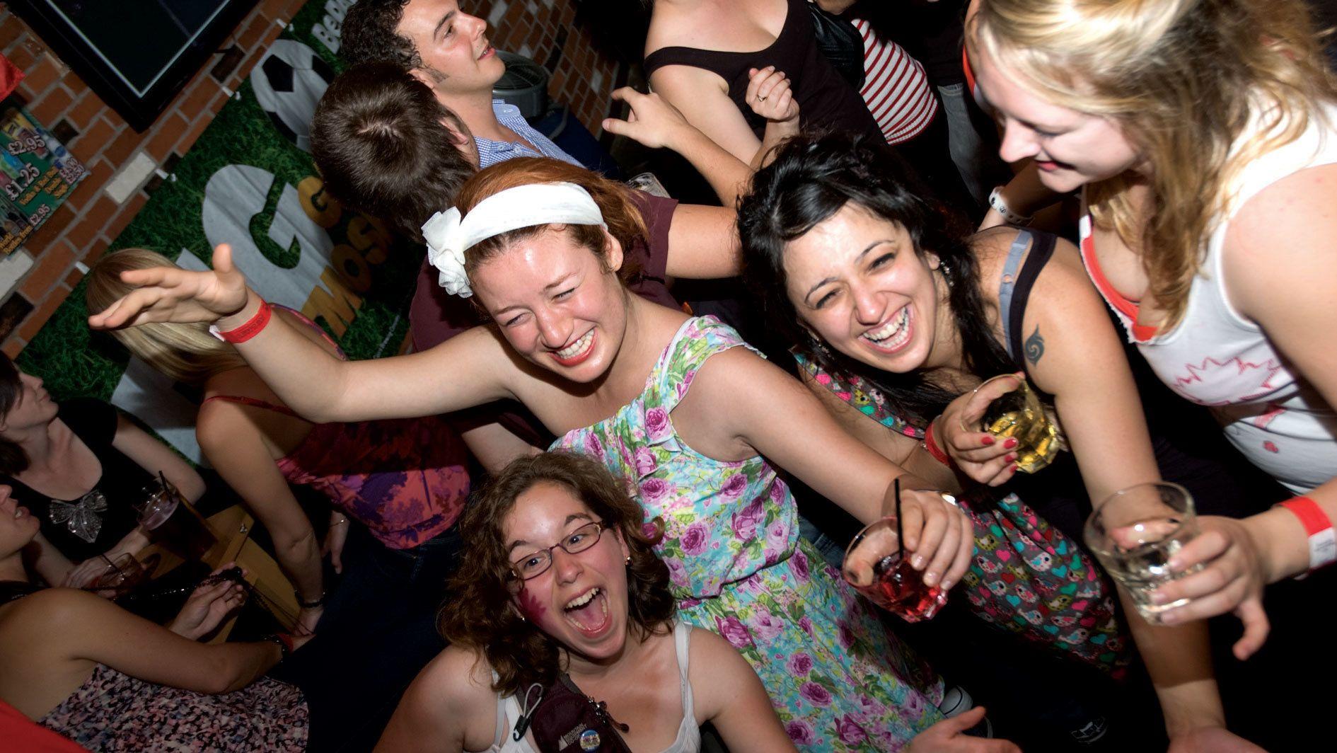 people dancing in a pub in Edinburgh