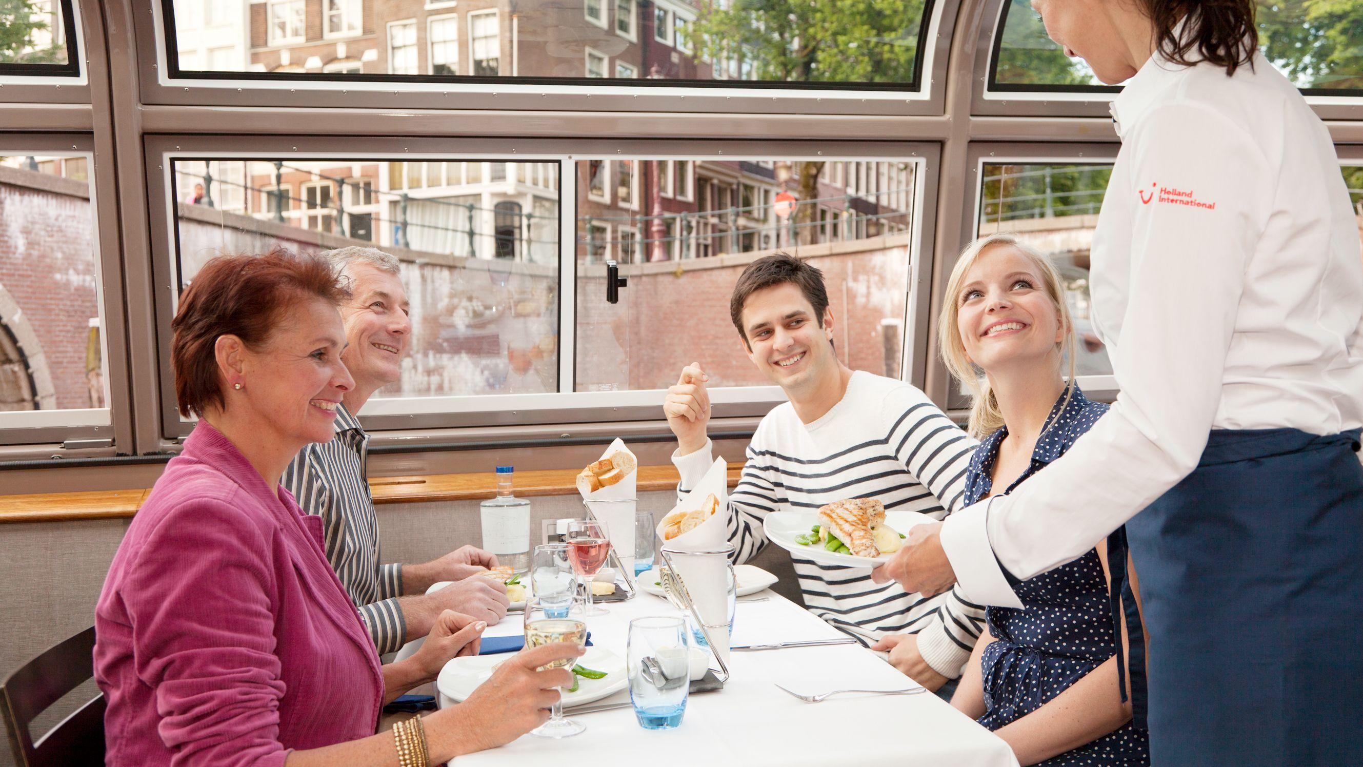 Croisière sur les canaux, dîner gastronomique de 4 plats et boissons