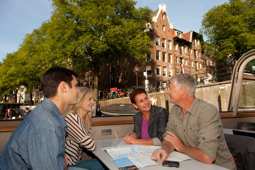 Amsterdam Canal Cruise with Audio Guide