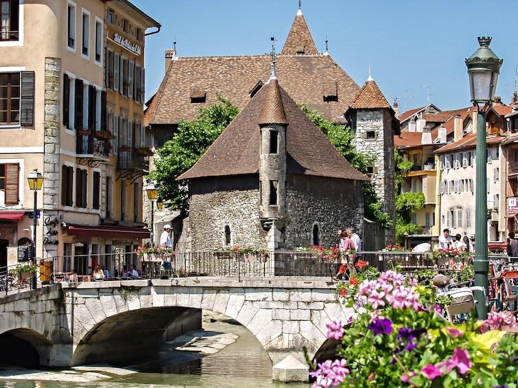 Charger l'élément 1 sur 9. Geneva & Annecy Full-Day Tour