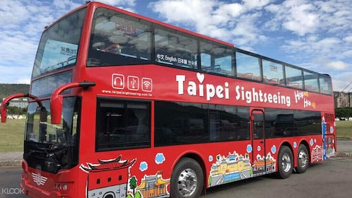 Taipei Hop-On Hop-Off Sightseeing Bus