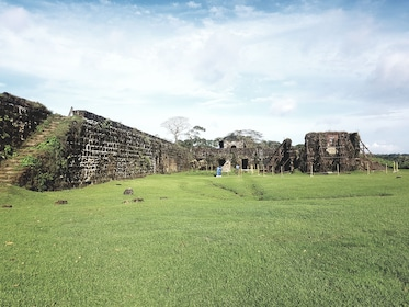 Colon, Fort San-Lorenzo - one Ocean to Another by Train.