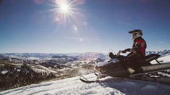 Single Rider Snowmobile: 4 Hour Hire