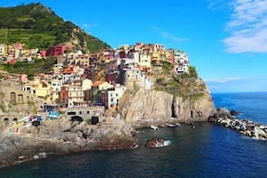Shore Excursion: Cinque Terre from La Spezia with Local Guide and Wine Tast...