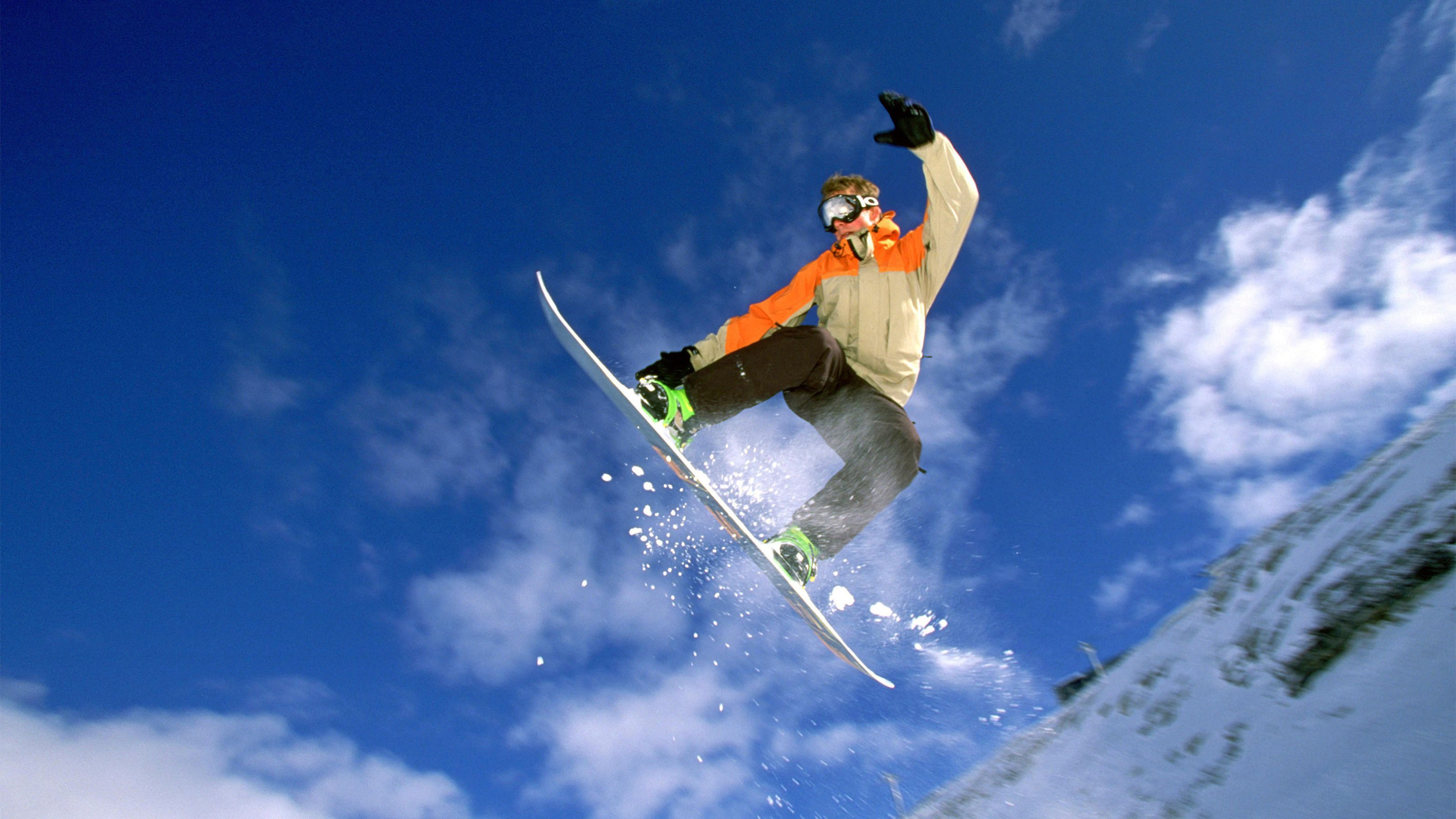 Winter Park Snowboard Rental Package with Delivery