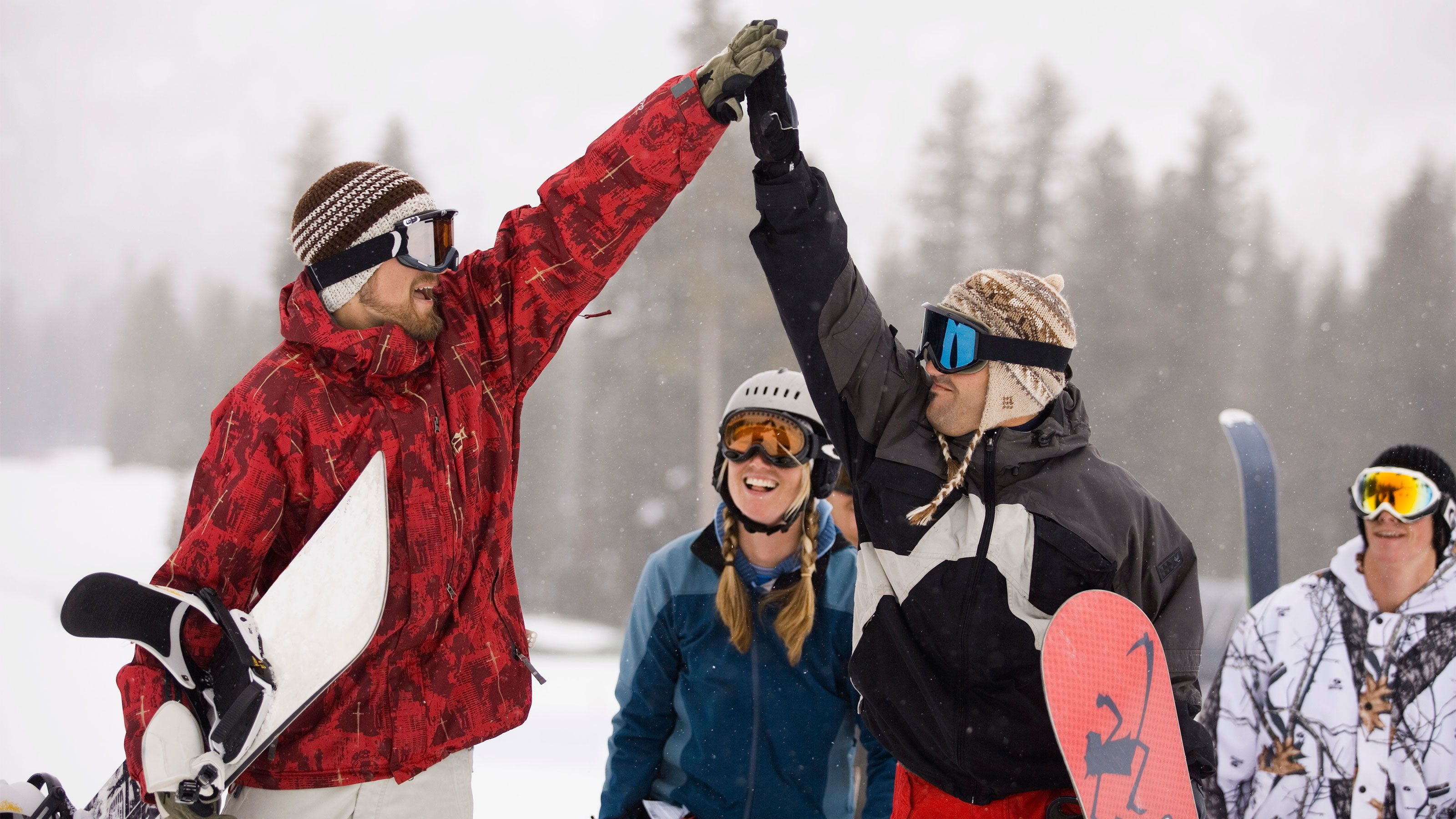Mammoth Snowboard Rental Package with Delivery