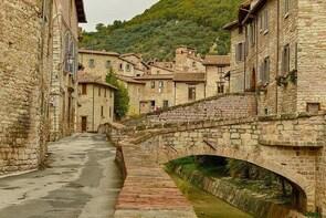 Private Transfer: Civitavecchia Port to Gubbio and vice versa