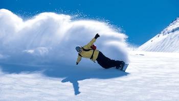 Paquete de alquiler de equipo de snowboard en Snowbasin y Powder Mountain